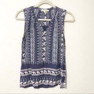 41 HAWTHORNE Blue Elephant Print Sleeveless Blouse